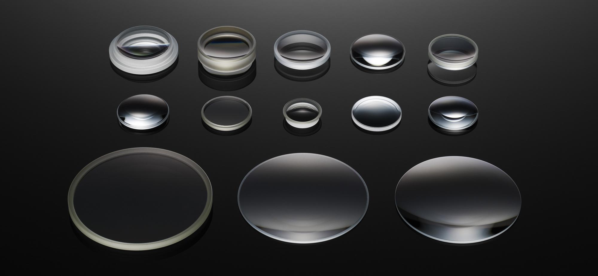RX10 III_lens_all.jpg